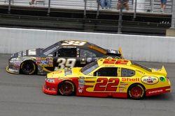 Kurt Busch, Penske Racing Dodge and Ryan Newman, Stewart-Haas Racing Chevrolet