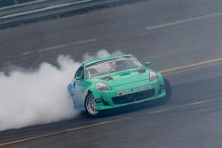 #17 Darren McNamara, Team Falken Nissan 350Z