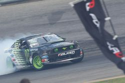 #1 Vaughn Gittin Jr., Team Monster Energy Falken Tire Ford Mustang