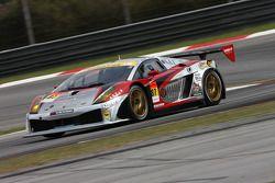 #87 RIRE Lamborghini RG-3: Atsushi Yogo, Manabu Orido;