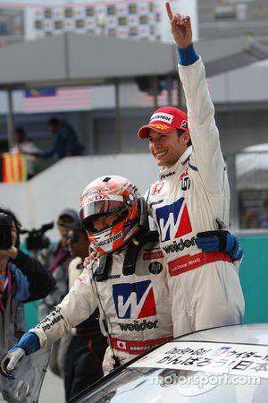 GT500 winnaars: Takashi Kogure, Loic Duval