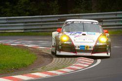 #12 Wochenspiegel Team Manthey Porsche 911 GT3 MR: Georg Weiss, Oliver Kainz, Michael Jacobs, Jochen Krumbach