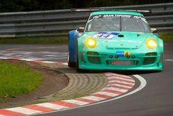 #44 Falken Tyre Europe Porsche 997 GT3 R: Wolf Henzler, Peter Dumbreck, Martin Ragginger, Sebastian