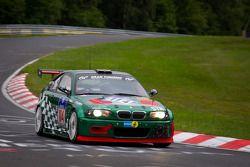 #114 BMW M3 E46: Frank Nöhring, Colin White, Meyrick Cox