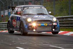 #142 Alpecin Schirra motoring Mini Cooper: Peter Scharmach, Markus Oestreich, Friedrich von Bohlen, Harald Grohs