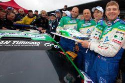 Hans-Joachim Stuck viert laatste race met Ferdinand Stuck, Johannes Stuck en Dennis Rosteck