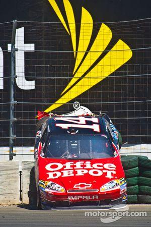 14 Tony Stewart Stewart-Haas Racing Office Depot - Mobil 1 Chevy