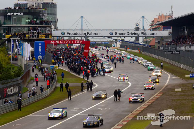 The first group heads to pace lap at 24 Hours of Nürburgring