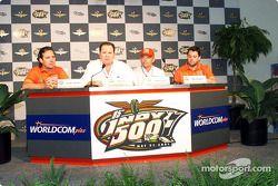 Jimmy Vasser, Chip Ganassi, Mike Hull and Tony Stewart