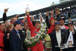 Helio Castroneves celebrating victory