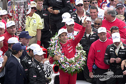 Helio Castroneves celebrating