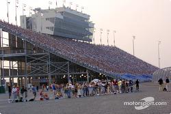 Nashville race fans