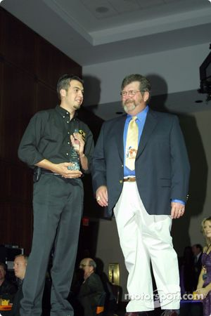 Sam Hornish Jr. receives EMCO Gears Out Front Award from Dan Cota