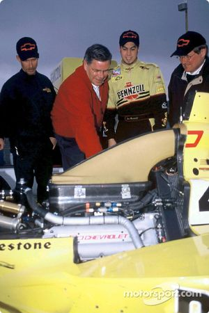 Pennzoil Panther Racing team manager Kevin Blanch, engine builder Rick Long of Speedway Engine Devel