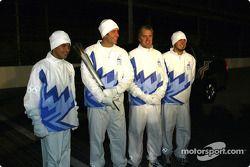 Helio Castroneves, Tony George, Eddie Cheever et Sam Hornish Jr.