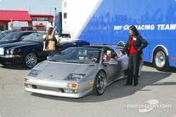 310 Racing private garage: a Bentley and a Lamborghini