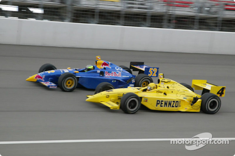 Tomas Scheckter et Sam Hornish Jr.