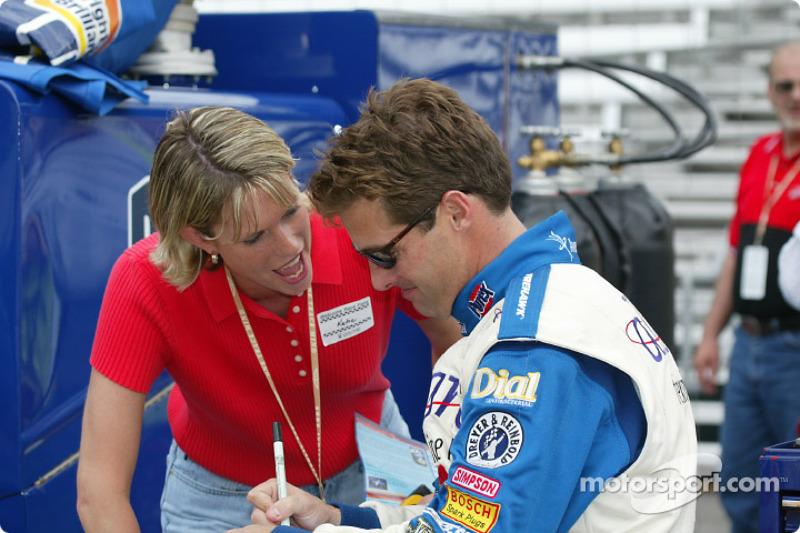 Robbie Buhl and wife Katie