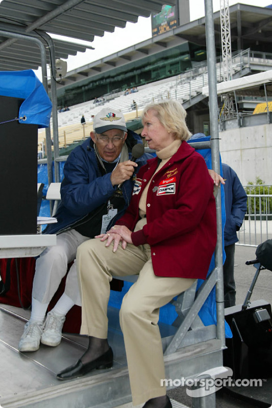 Jim Philippe y Janet Guthrie