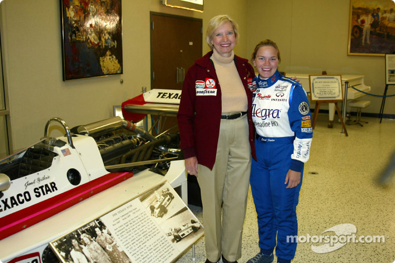 Janet Guthrie e Sarah Fisher