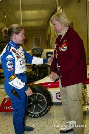 Janet Guthrie et Sarah Fisher