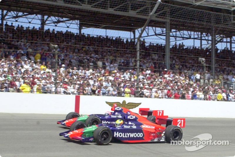 Команда Mo Nunn Racing: Тони Канаан и Фелипе Жиаффоне. Indy 500 2002 года