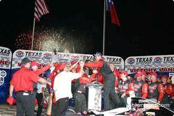 Race winner Al Unser Jr. on victory lane