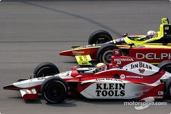 Dan Wheldon et Scott Sharp