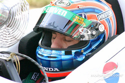 Tony Kanaan tried to stay cool