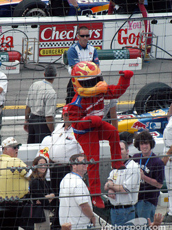 Firestone Firehawk does the Helio Castroneves 'Spiderman' routine
