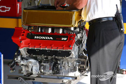 Honda Indy V8 powerplant