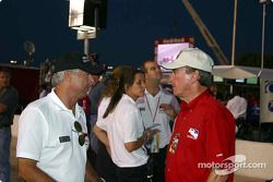 Rick Mears et Johnny Rutherford