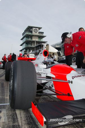 Sam Hornish Jr. in a Marlboro Team Penske car in the shadow of the famous Bombardier Pagoda