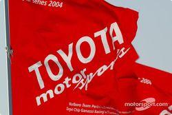 Un drapeau Toyota Motorsports