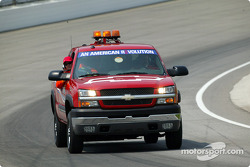 2004 Chevrolet Truck safety crew