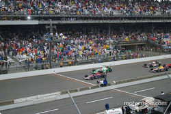 Buddy Rice wins the 88th Indianapolis 500