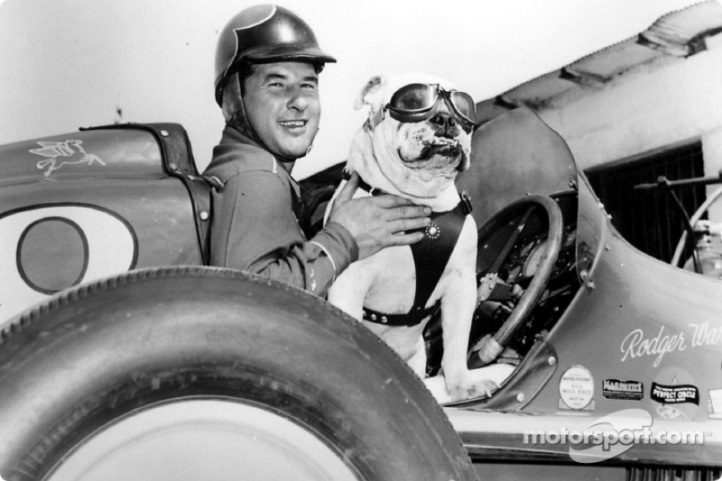 Америку представляли шесть пилотов. Самым колоритным из них был триумфатор «500 миль» того года Роджер Уорд (на фото слева). Он привез на Гран При гоночный «миджет» – высокую валкую машину для грунтовых овалов