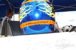 A tribute on Davey Hamilton's helmet