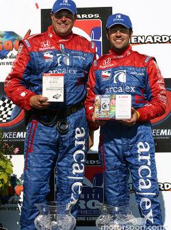 Victory Lane: le vainqueur Dario Franchitti