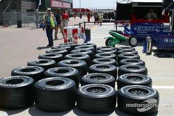Les pneus d'essais sont de sortie pour Dario Franchitti