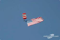 L'arrivée du drapeau américain