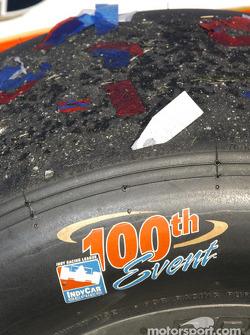 #26 Dan Wheldon Andretti Green Racing wins the 100th