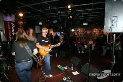 ESPN Zone event: Kenny Brack at the guitar entertains fans