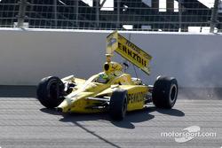 Tomas Scheckter dans le mur