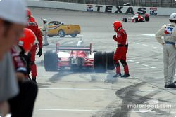 Sam Hornish Jr. in the pit