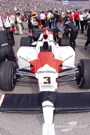 Car of Helio Castroneves on the starting grid