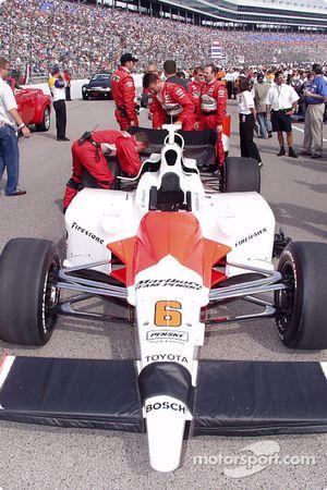 Car of Sam Hornish Jr. on the starting grid