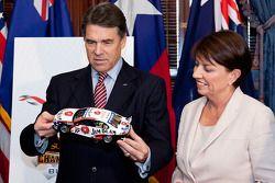 Texas gouverneur Rick Perry en Queensland Premier Anna Bligh