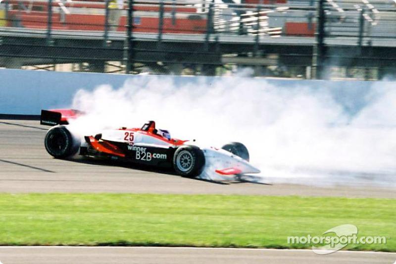 Le débutant Max Wilson a poussé sa voiture trop loin