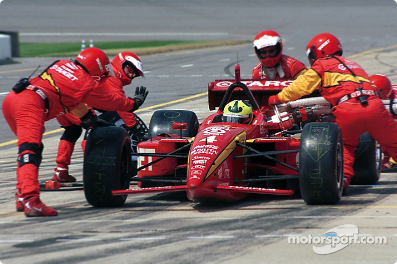 Pitstop for Bruno Junqueira